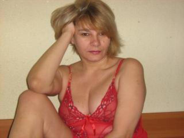 domashnee-porno-foto-russkih-zrelok