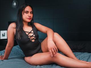 Webcam model AlexandraRai from XLoveCam