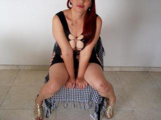 Webcam model AnitaLaDura from XLoveCam