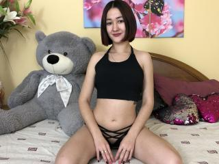 ArinaMalone webcam