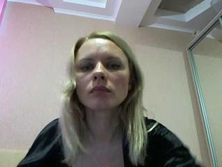 Webcam model Astrit from XLoveCam