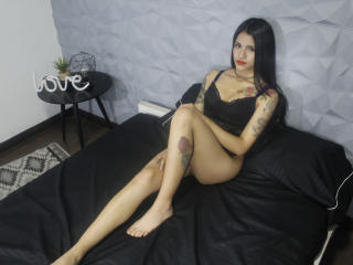 Webcam model Bayolet69 from XLoveCam