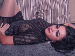 Webcam model GabrielleBlack from XLoveCam