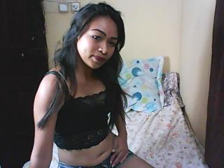 Webcam model KathyPerry from XLoveCam