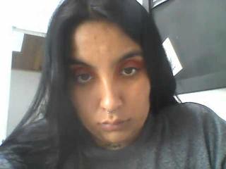 Webcam model SofiaRousse from XLoveCam