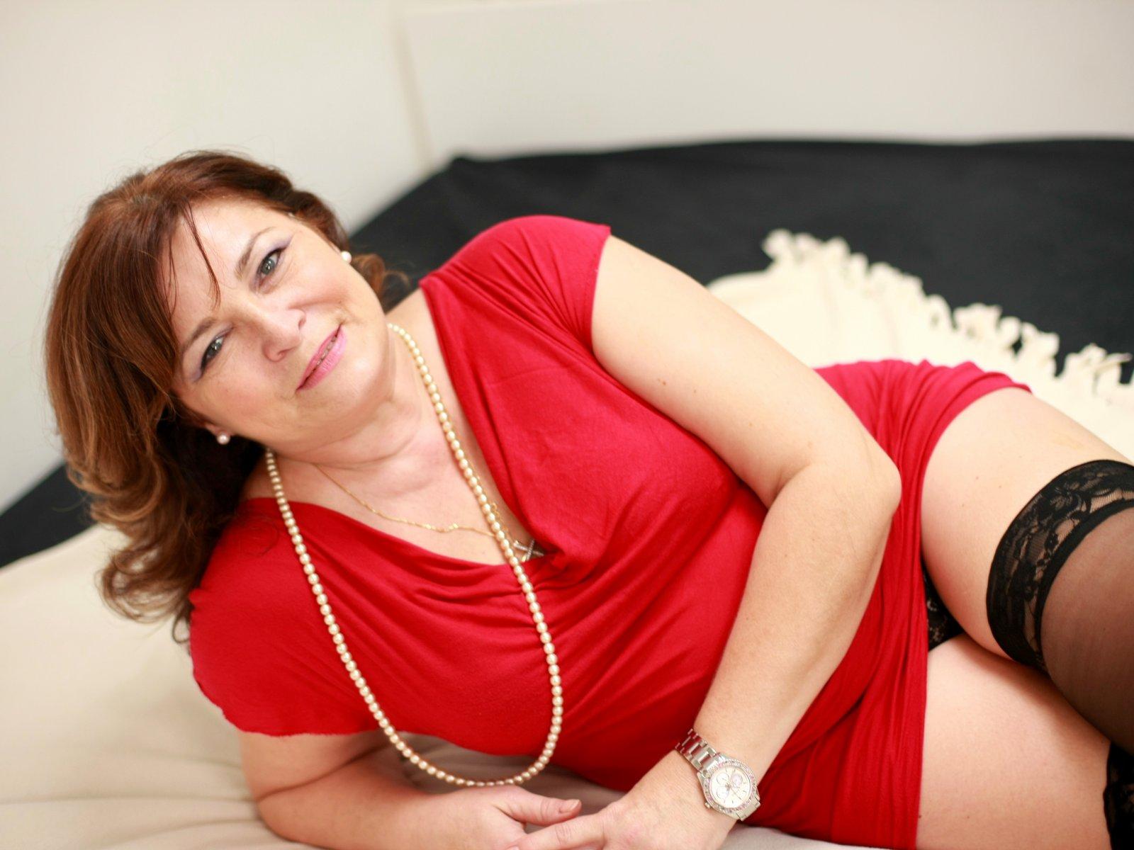 mature-woman-didi-pics