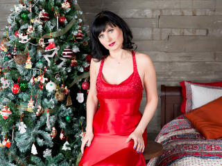 EvelinaX - Show hot with this trimmed genital area Lady over 35