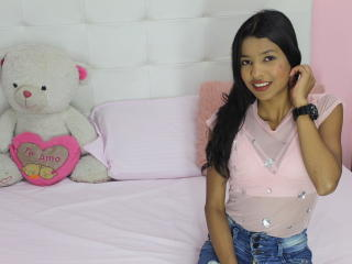 Webcam model PamelaSweety from XLoveCam