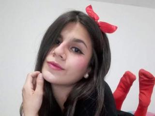 Webcam model MiiaShatana from XLoveCam